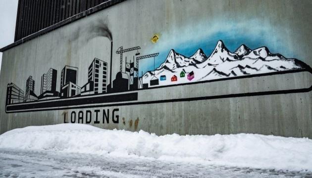 Без щеплення – зась: у Гренландії заборонили їздити в транспорті невакцинованим