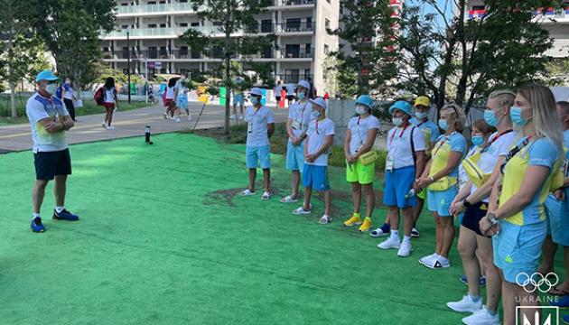 Сергій Бубка зустрівся з українськими спортсменами в Олімпійському селищі Токіо