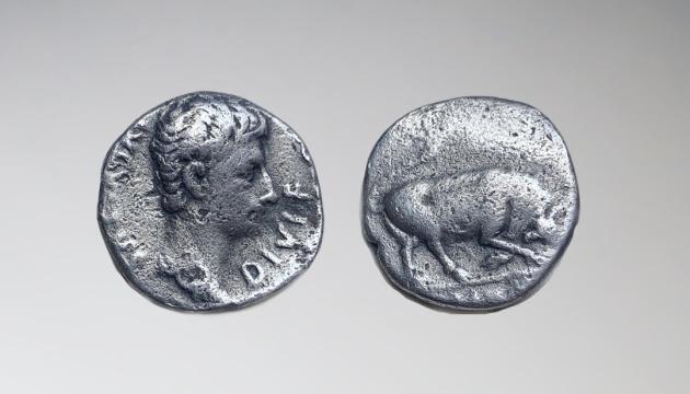 В Грузии нашли денарий Октавиана Августа, датированный 15 годом до нашей эры