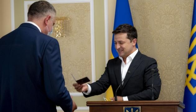 Зеленський представив нового керівника Служби зовнішньої розвідки Литвиненка