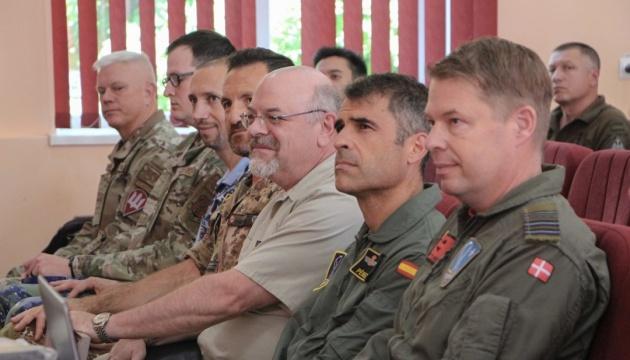 Військові НАТО поділились досвідом планування повітряних операцій - Міноборони