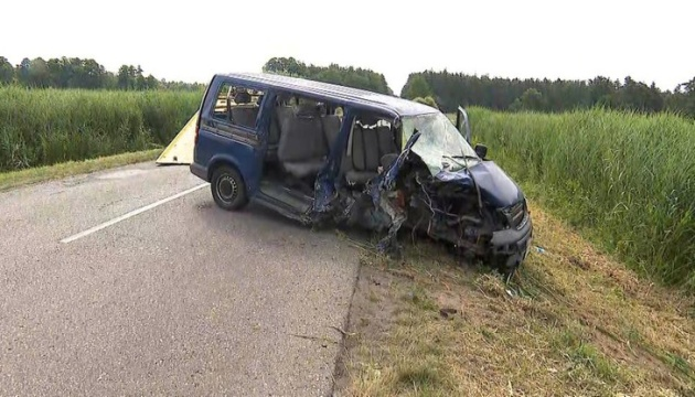 Авария автобуса в Польше: один украинец погиб, в больницах - четверо