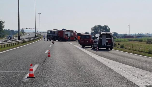 У Хорватії перекинувся автобус: десятеро загиблих, 45 постраждалих