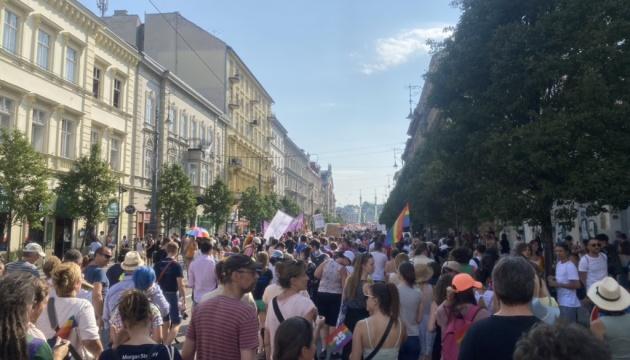 В Будапеште тысячи людей протестовали из-за закона об ЛГБТ