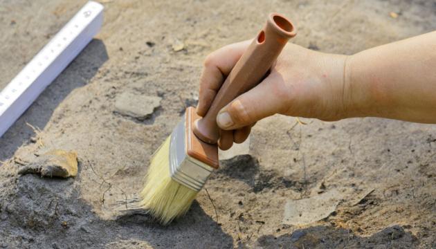 На стройплощадке в Китае обнаружили 11 древних гробниц
