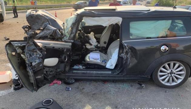 На Львовщине столкнулись три авто, среди пострадавших есть ребенок