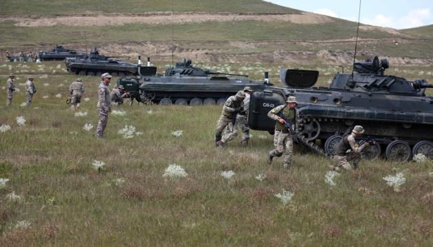Agile Spirit: украинские и грузинские морпехи «контратаковали» на броневиках