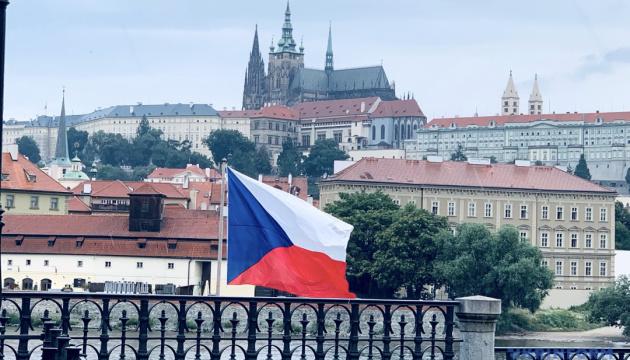 В Чехии будут давать выходные вакцинированным госслужащим