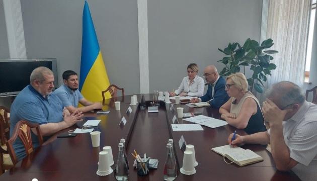 Денисова встретилась с Чубаровым - говорили о нарушении прав крымских пленников Кремля