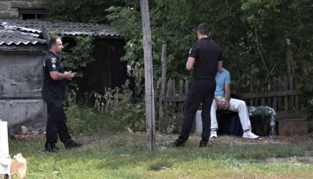 Гибель девочки на Харьковщине: полиция патрулирует дом жертвы и предполагаемого убийцы