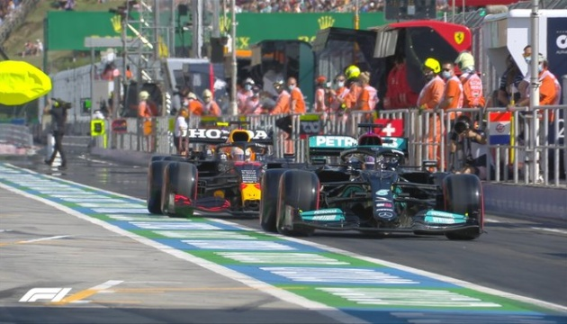 Формула-1: Хэмилтон выиграл квалификацию Гран-при Венгрии