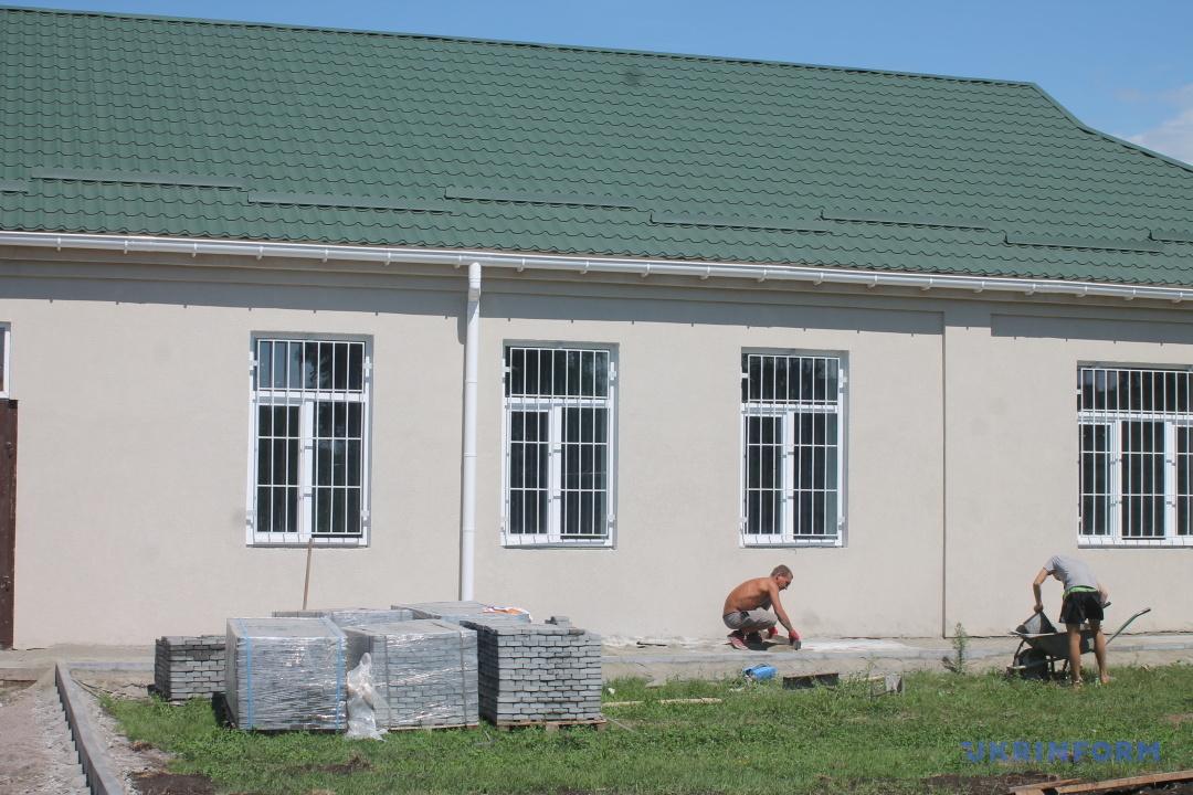 У реставрованій закинутій школі в Чернишівці розміститься Центр соціальної активності