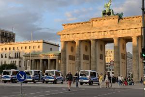 Суд запретил проведение в Берлине антикарантинних демонстраций