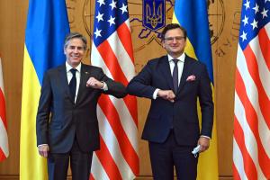 Украина – часть Запада: НАТО и ЕС должны воспринимать ее именно так