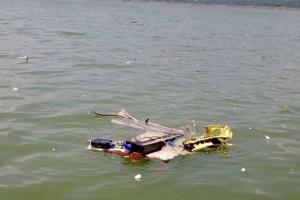 У Індії гелікоптер впав у водосховище