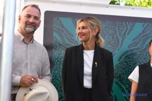 Зеленская посетила остров Хортица и ознакомилась с реконструкцией музея