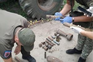 «Чорні копачі» на Житомирщині торгували тротилом зі старих снарядів