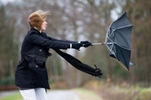 Осіння негода: на завтра обіцяють дощі та сильний вітер