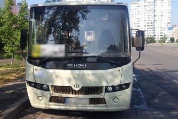 У Києві затримали п'яного водія маршрутки, який возив пасажирів