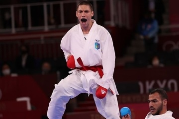 空手男子組手75キロ級 ホルーナが銅メダル獲得=東京五輪