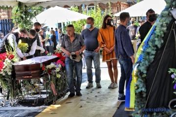 Trauerfeier für Künstler Olexandr Rojtburd in Odessa