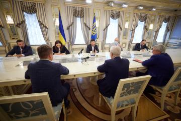 Zelensky trata con representantes de la francesa Aerogestion la creación de una compañía aérea nacional de Ucrania