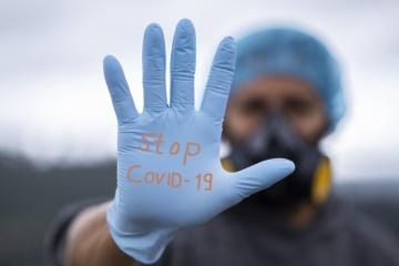 Zwei Dosen eines Coronavirus-Impfstoffs erhalten über 5,3 Mio. Ukrainer