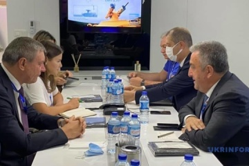 IDEF 2021: Urusky y el presidente de la Agencia Espacial Turca tratan la cooperación en el sector espacial