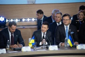 Volodymyr Zelensky : Moscou a triplé sa présence militaire en Crimée