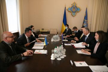 OTAN comprende la importancia política y práctica de la Plataforma de Crimea