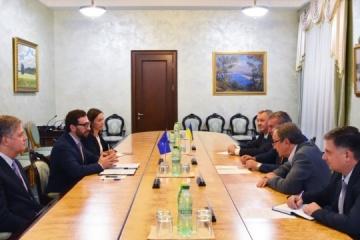 Urusky, Vinnikov discuss Ukraine's defense industry reform