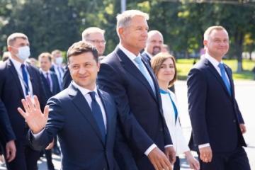 Zelensky: Ucrania siempre apoyará la integridad territorial de Moldavia