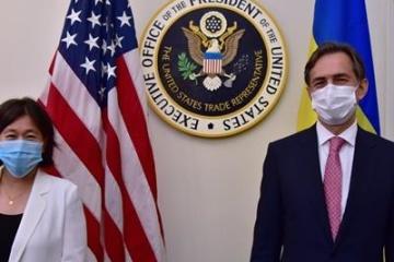El ministro de Economía de Ucrania se reúne con la representante de Comercio de EE. UU.
