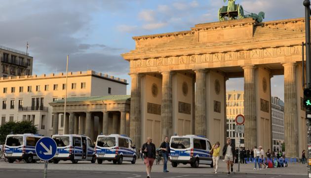 Суд заборонив проведення в Берліні антикарантинних демонстрацій