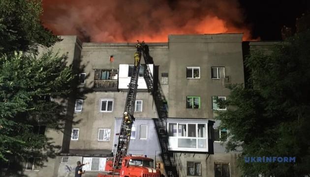 Масштабный пожар в Запорожье: на месте работали 60 спасателей