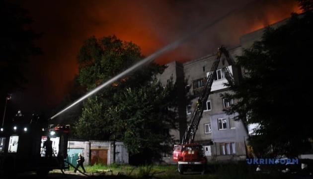 Пожежу в запорізькому будинку загасили, поліція відкрила кримінальну справу