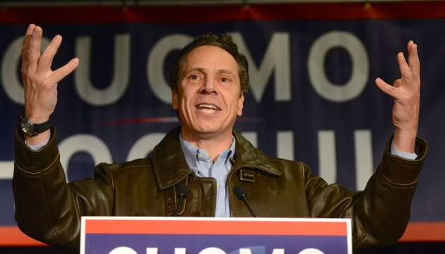 Прокуратура обвиняет губернатора Нью-Йорка в сексуальных домогательствах нескольких женщин