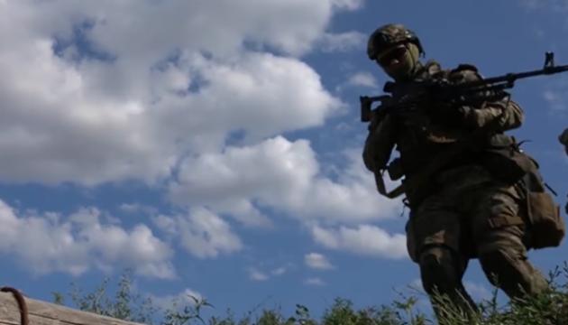 На админгранице с оккупированным Крымом тренировались десантники и резервисты