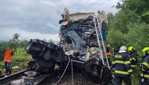 У Чехії - дві залізничні аварії, є жертви