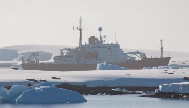 Криголам, який купує Україна, вирушить в експедицію до Антарктиди восени