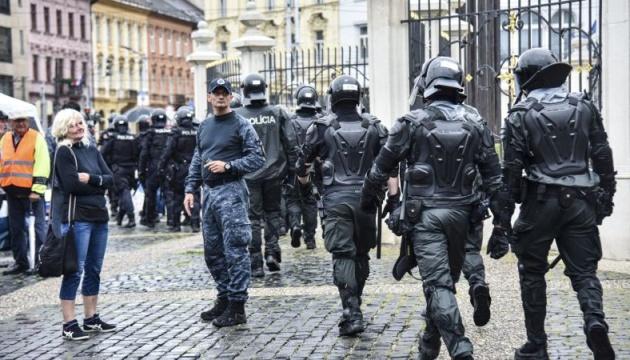 В словацкой столице антивакцинаторы пытались блокировать дороги