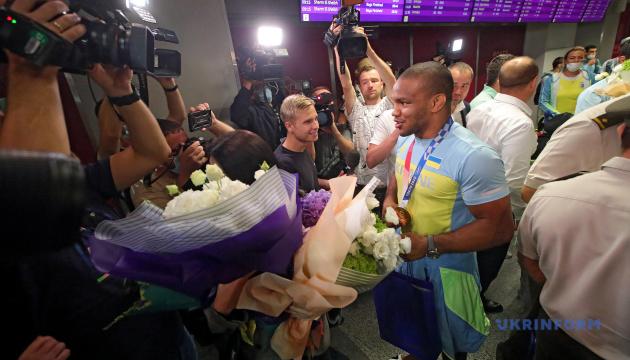 На Олимпиаду в Токио от Украины поехало много функционеров вместо тренеров - Беленюк
