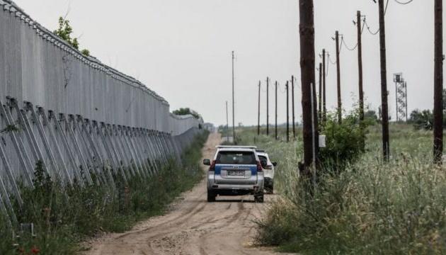 Греція посилює охорону кордону через навалу мігрантів з Афганістану