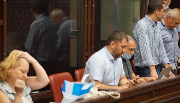 У Росії суд продовжив арешт журналісту Бекірову і ще чотирьом кримським татарам