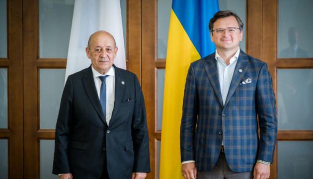 Frankreichs Präsident Macron besucht dieses Jahr die Ukraine