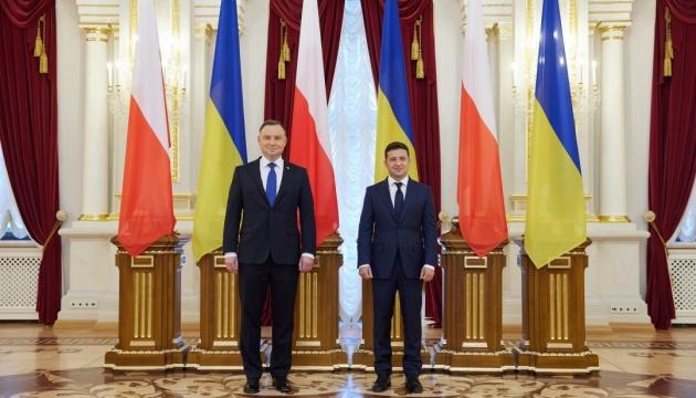Polens Präsident plädiert für Lösen schwieriger Probleme in Beziehungen zur Ukraine