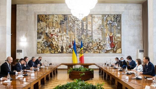 ゼレンシキー大統領、サンドゥ・モルドバ大統領と会談