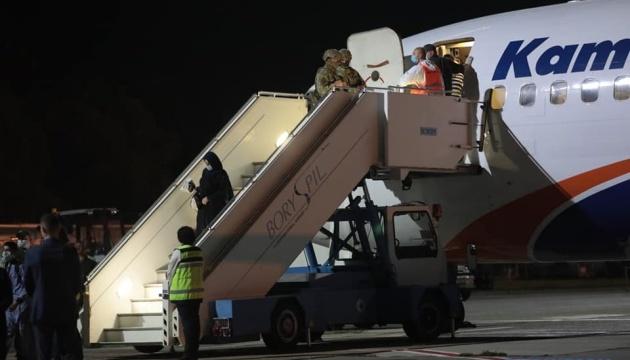 В Минобороны рассказали, сколько людей эвакуировали из Афганистана