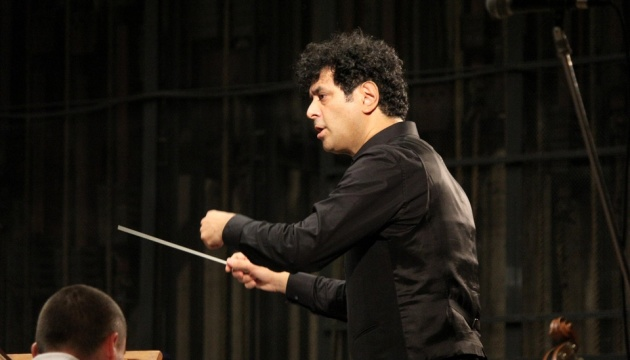 Чернігівський філармонійний центр відкрив сезон концертом з американським диригентом