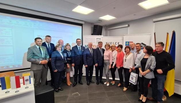 Генконсул у Кракові під час святкування Дня Незалежності привітав українську громаду міста Кєльце
